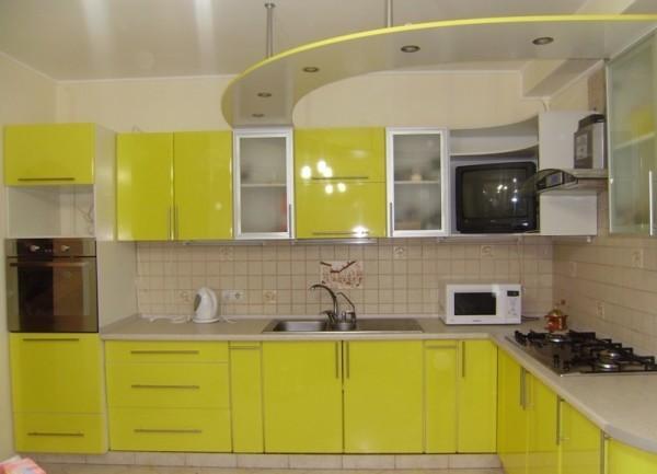 Кухонный гарнитур из листового пластика