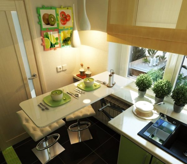 Выдвижными и складывающими столами так же никого не удивишь, а ведь они действительно, экономят пространство в маленькой кухне!