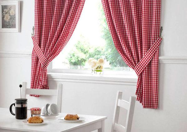 Как оформить окна на кухне в стиле прованс: виды штор и фото дизайнов