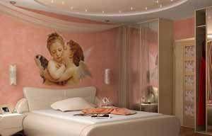 Аляповатые рисунки ангелочков совсем не говорят о хорошем вкусе дизайнера и хозяина этого помещения («I»)