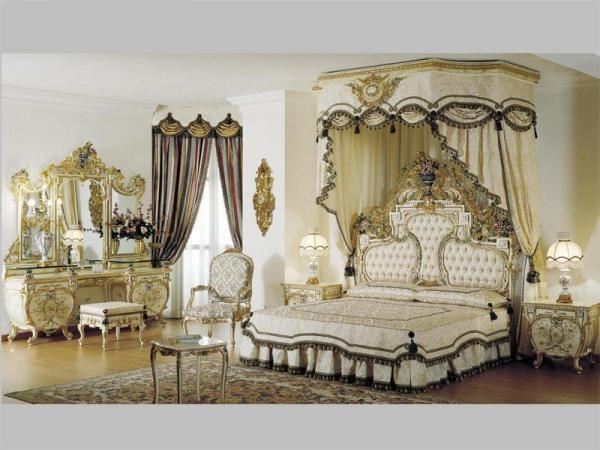 Аристократичный, напыщенный стиль мебели