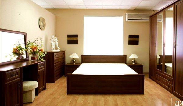 Большой комплект модулей, созданный для оформления интерьера в спальне