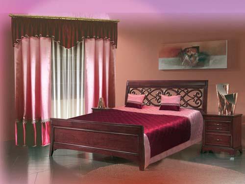 Бордовая спальня – стиль и элегантность в каждом предмете.