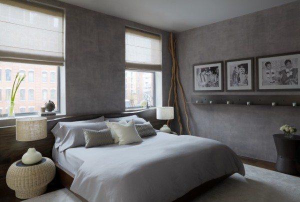 Черно-белые фотографии на стенах гармонично сочетаются с тоном облицовки, подчеркивая стилистику оформления
