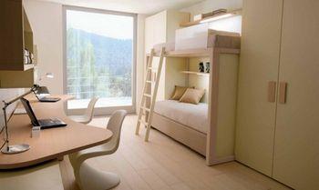 Датский дизайн для спальни школьников