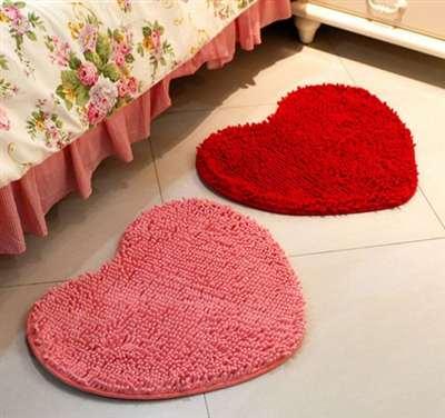 Два коврика для супружеской спальни
