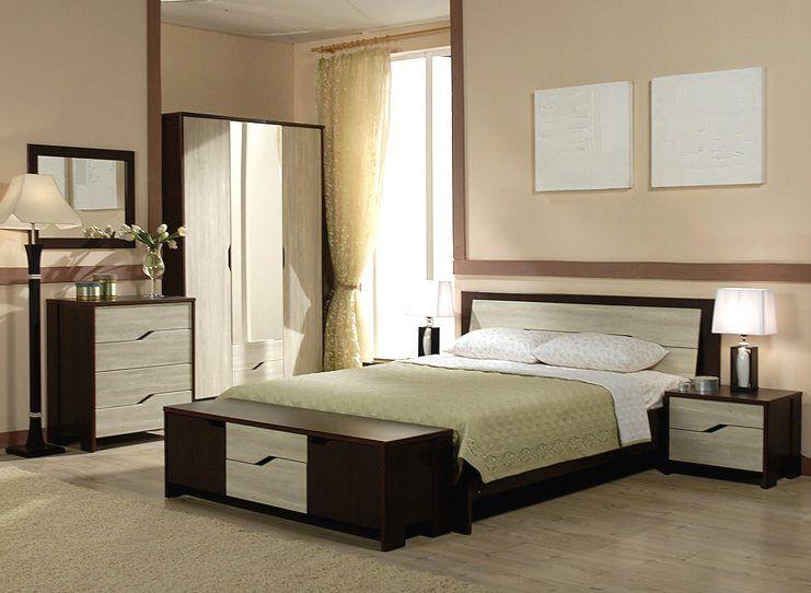 Если комната небольшого размера, то использовать яркие тона не рекомендуется; пастельная палитра всегда здесь выигрывает.