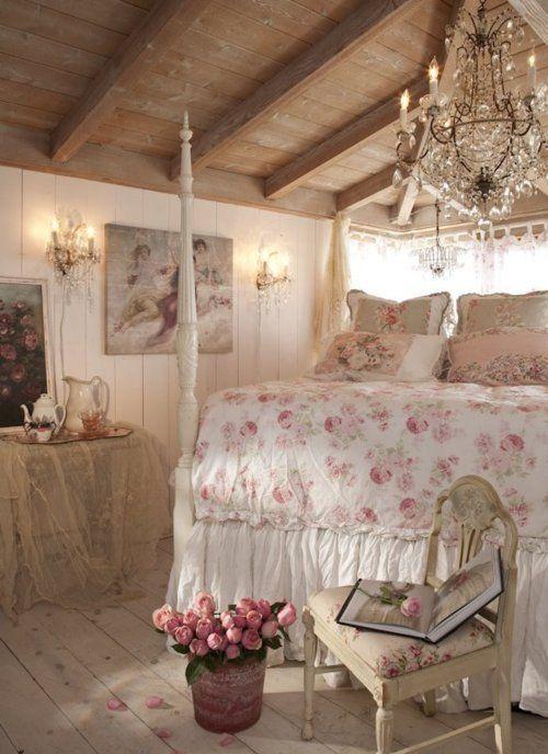 Фото – Дизайн спальни прованс – это деревенский стиль (кантри), где все просто и лаконично, но дополнено изысканным декором.
