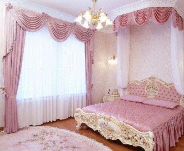 Фото розовой дизайнерской комнаты для отдыха.
