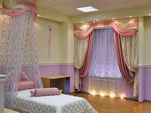 Фото спальни с оригинальными и красивыми шторами