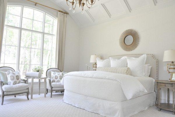 Фото спальни в белом цвете