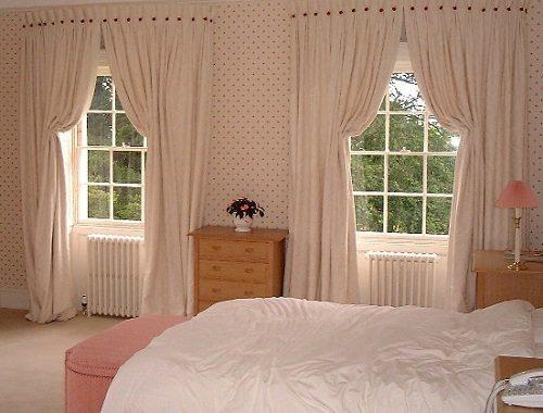 Хлопковые занавески в спальне