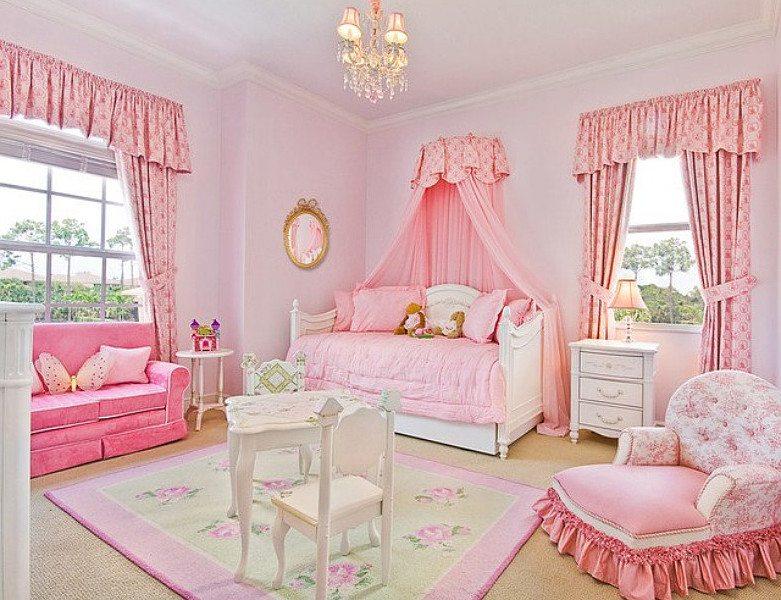 Классический романтический стиль в оформлении спальни