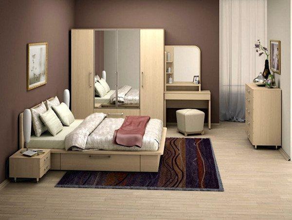 Классический мебельный гарнитур в светлых тонах