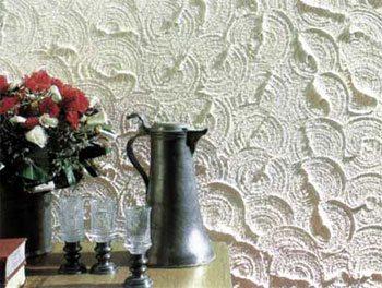 Комбинация рельефной водоэмульсионной краски и декоративной штукатурки
