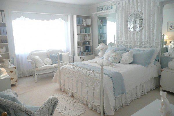 Комната размером 15 кв. м, оформленная в образе прованс.
