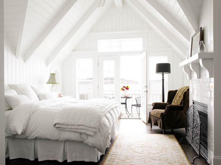 Красиво, стильно и светло – вариант оформления комнаты для сна
