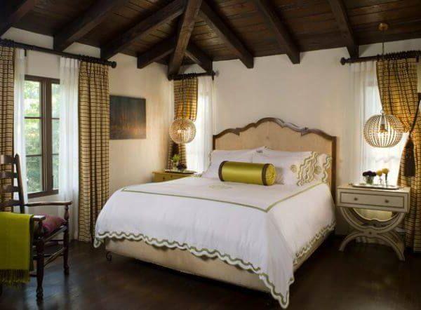 креативные подвесные светильники в роскошной современной спальне