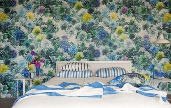 Кровать в цветах!