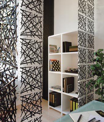 Легкий и воздушный дизайн роллет можно сочетать с любым мебельным интерьером