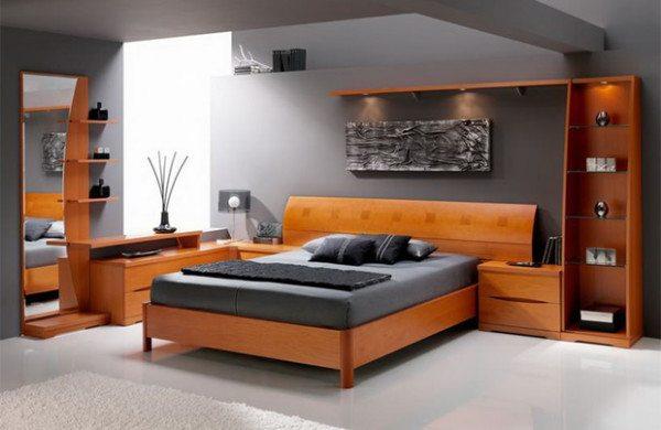 Любительское фото готовой спальни, где для оформления интерьера используются мебельные модули