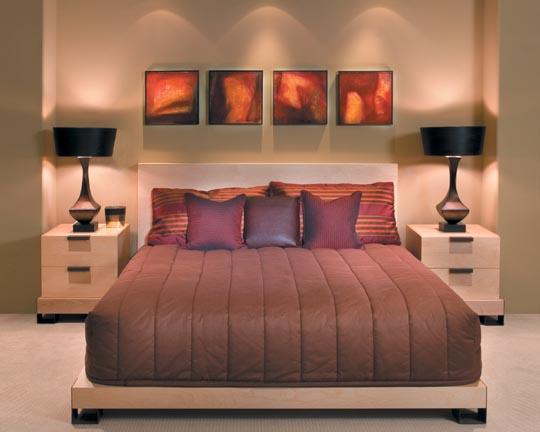 Маленькая спальня непременно будет уютной: такова цена нашего восприятия действительности, совмещенной с умением правильно организовать пространство!