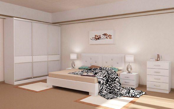 Матовые покрытия пола, стен и полотна теплых оттенков создают образ уютной и светлой комнаты.