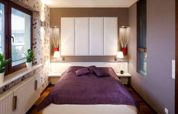 Минимум мебели в комнате