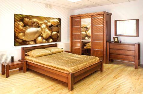 На фото - мебель из дуба: стойкая, прочная и тяжелая.