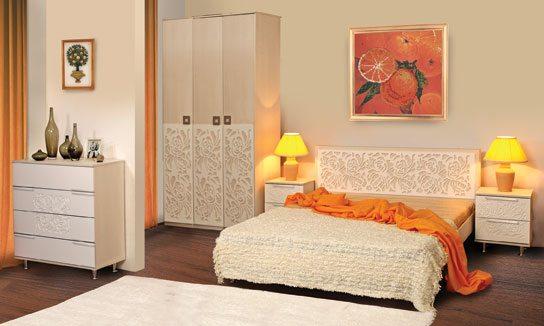 Набор с эксклюзивным декором на каждом предмете мебели