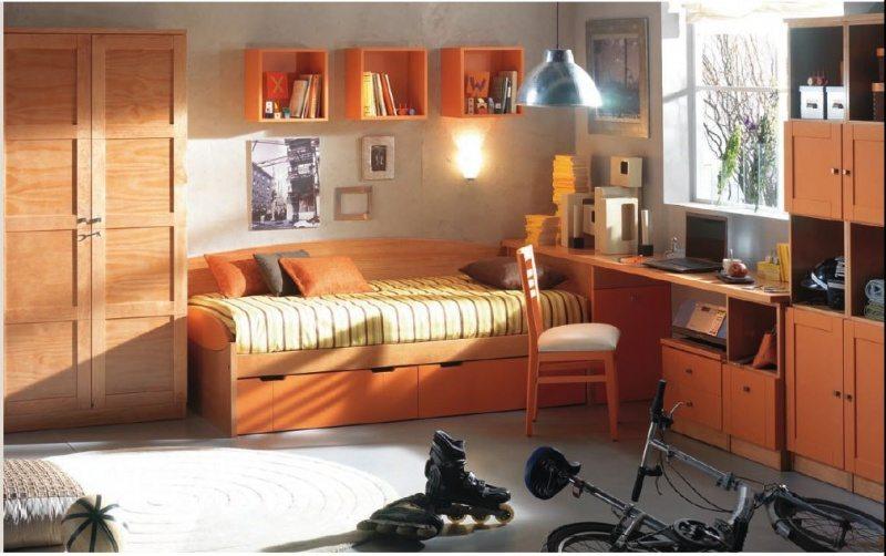 Наличие у подростковой кровати ортопедического основания является обязательным условием для комфортного здорового сна.