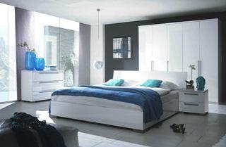 Новые технологии отделки позволяют заказчику самому выбрать цвет своей мебели («Е»)