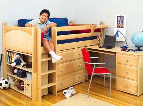 Очень удобный вариант компактной мебели для небольшого помещения.