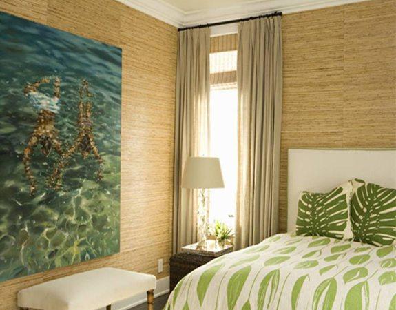 Оформление стен бамбуковыми моделями