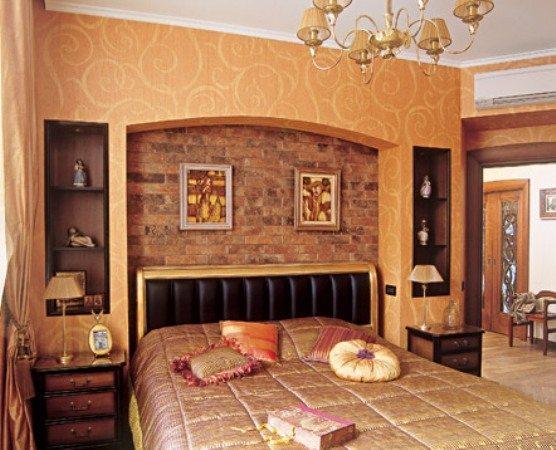 Отдельно оклеенные части могут преобразить любую спальню