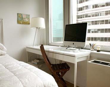 Письменный стол для спальной комнаты