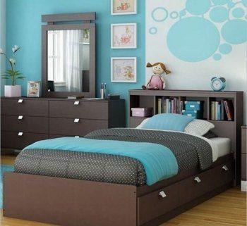 Подростковая спальня в коричнево бирюзовых тонах