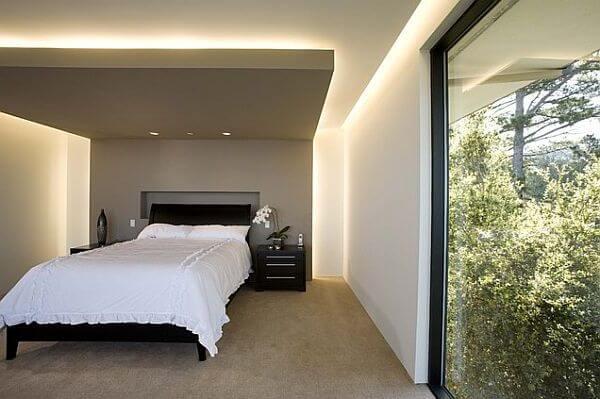 потолок из гипсокартона на потолке в спальне, отборная идея