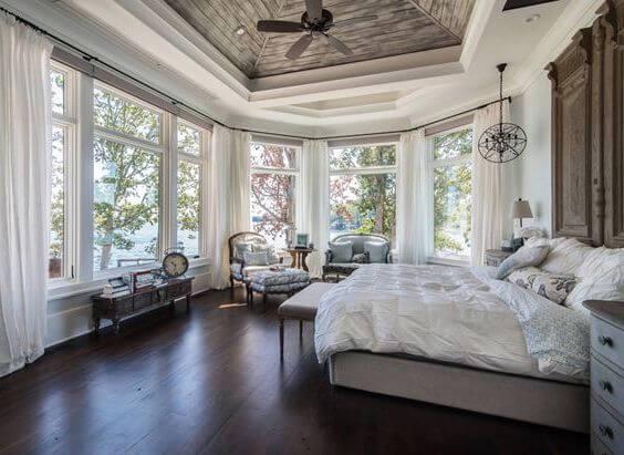 очаровательный потолок в спальне из гипсокартона