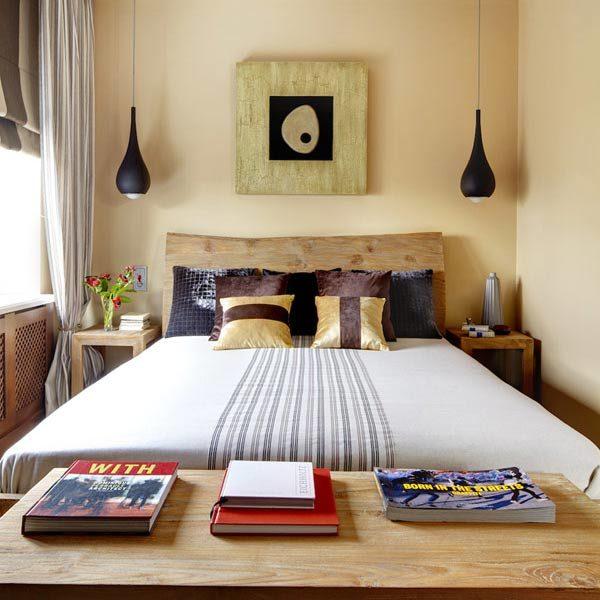 При размещении кровати важно обеспечить подход к спальному месту с двух сторон.