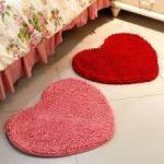 Прикроватные коврики в виде сердца
