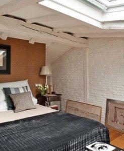 Продуманный и стильный интерьер спальни