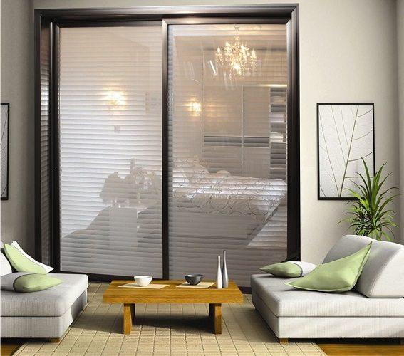 Раздвижные стеклянные дверцы