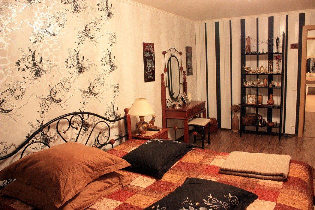 Дизайн обоев для спальни комбинированные 2 видов