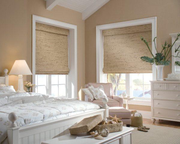 Римские шторы прекрасно подходят для интерьера спальни.