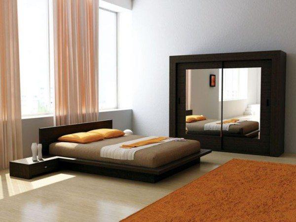 Шкаф с зеркалами – отличный вариант для придания комнаты большего простора и свободы