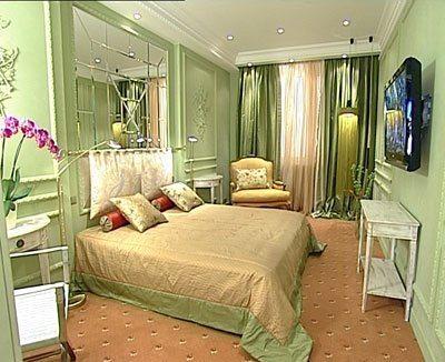 Сочетание романтизма и модерна в декоре девичьей спальни