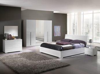 Спальни из шпона, спальни из гевеи – ныне предлагается самый широкий выбор древесного материала самого высокого качества обработки («В»)