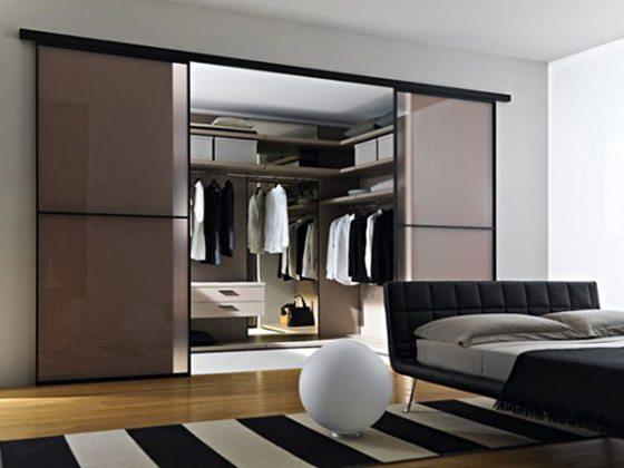 Спальня с гардеробной на площади 15 кв. м.