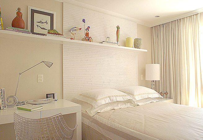 Стеновые панели ускорят оформление спальни в современном стиле.
